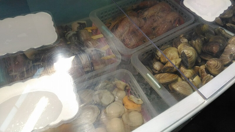 イカや貝などの食材