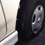 高速でタイヤがパンク